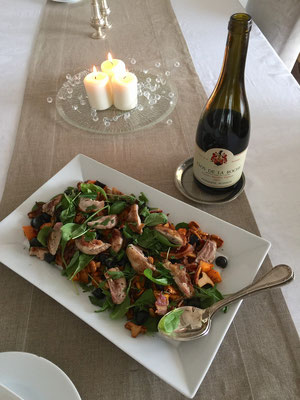 Quail salad with chantarelles by ZsL