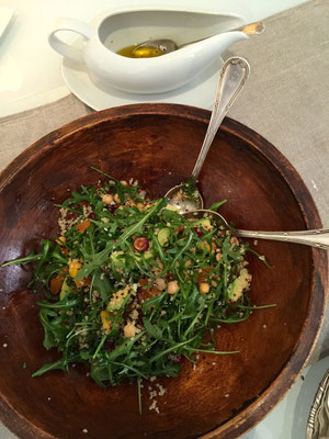 Salad with arugula, avocado, dried fruits, roasted hazelnuts, with dressing of olive oil, honey and lemon by ZsL