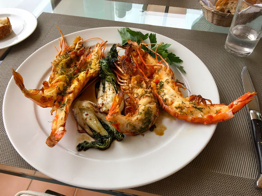 Grilled scampi with bok choy by ZsL