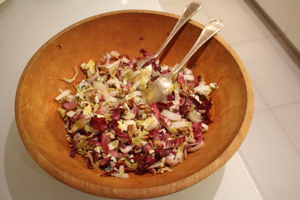 Endive and roquefort salad by ZsL