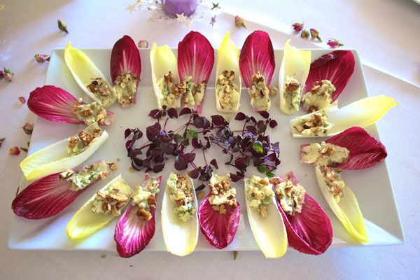 Endives with Roquefort by ZsL