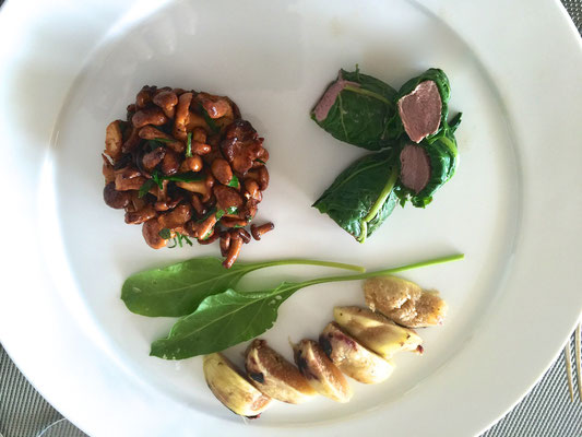 Poached duck with chantarelles and figs by ZsL