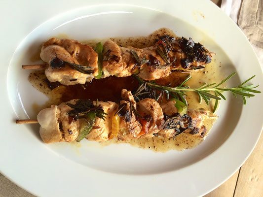 Chicken skewers by ZsL