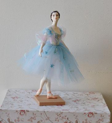Анна в голубом 38 см