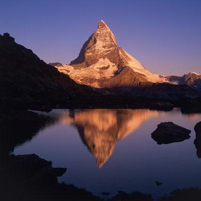 Matterhorn über Riffelsee I Wallis