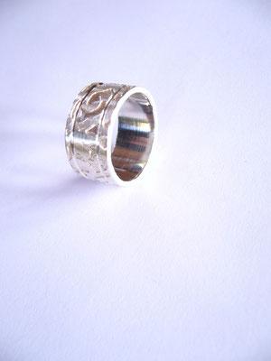 Verkauft: Ring 925/- Sterlingsilber, mit Ätzung.