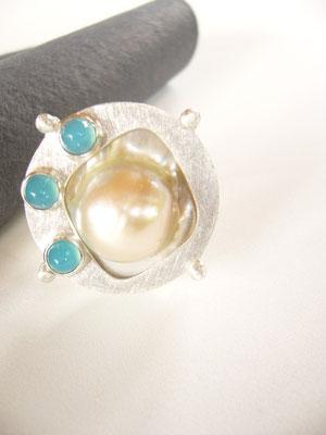 Brosche: 925/- Sterlingsilber  mit einer Mabe-Perle und....