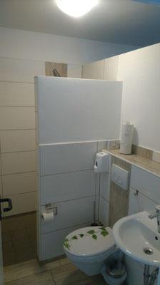 """""""Duschkabinen"""" mit WC + Waschbecken + Dusche"""
