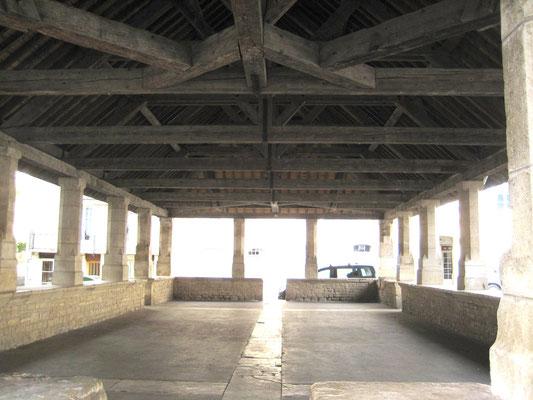 Halle de Caylus