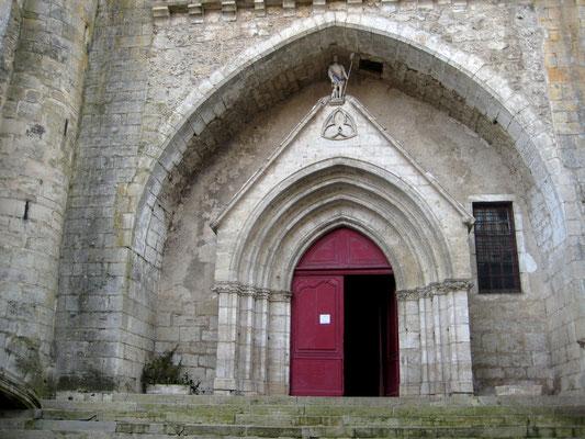 Porche de l'église de Caylus