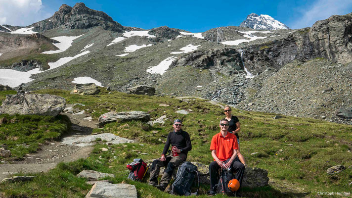 auf dem Zustieg zur Stüdlhütte - rechts hinten der Gipfel des Großglockners