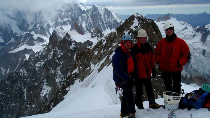 Schneescmelzen auf dem Gipfel