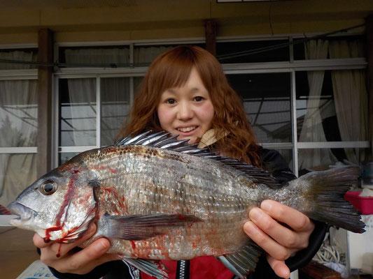 3月5日 磯釣りで田上さん チヌ1匹