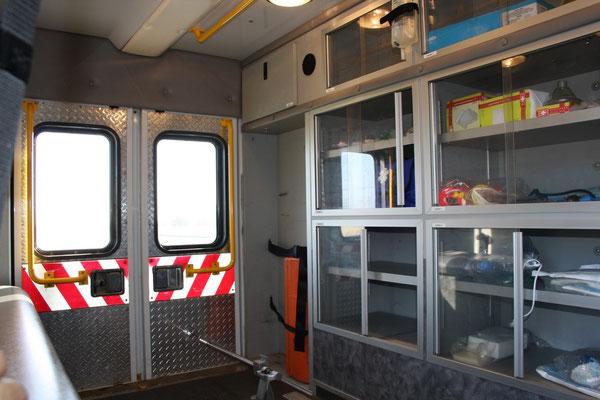 Ambulance mit Kastenaufbau