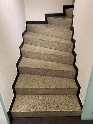 Die Treppe vorher.