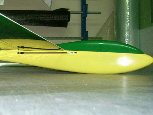 planeur Coquillaj Aeromod jaune et vert, détail du côté