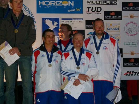 Alexis Marechal et l'équipe de France de F3F remportent la troisième place en équipe lors du championnat du monde en Allemagne à Rugen en 2012