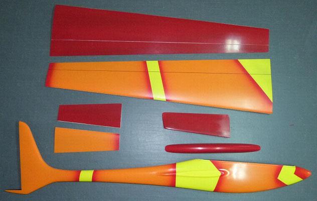planeur Voltij Aeromod déco Nemo orange jaune rouge