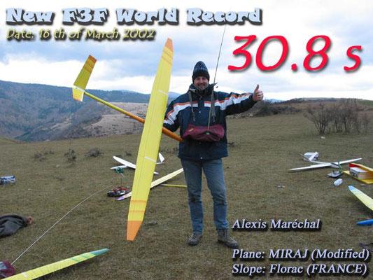 Alexis Marechal en 2002 est détenteur du record du monde vitesse en F3F avec son planeur Aeromod Miraj 30.80