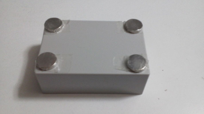 PCNW2型に裏面磁石
