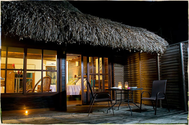 Junior Suite mit Terrasse direkt am Strand - hörst Du auch schon das Rauschen der Wellen?