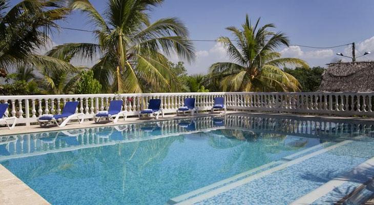 Pool des Strand Hotel Isla Tierrabomba - Cartagena