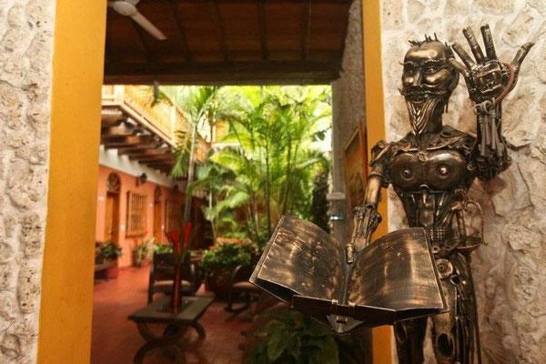 Eingang in das Hotel 3 Banderas Cartagena