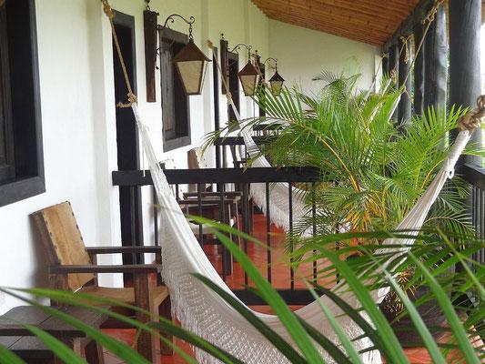 Balkons mit Hängematte - Kaffeefinca Bosque del Saman