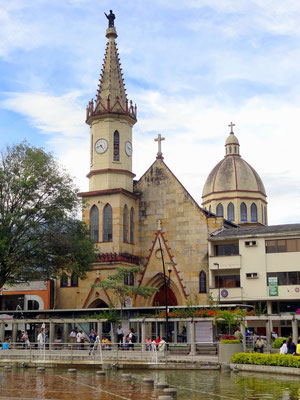 Plaza el Lago - Pereira - Kaffeezone - Kolumbien