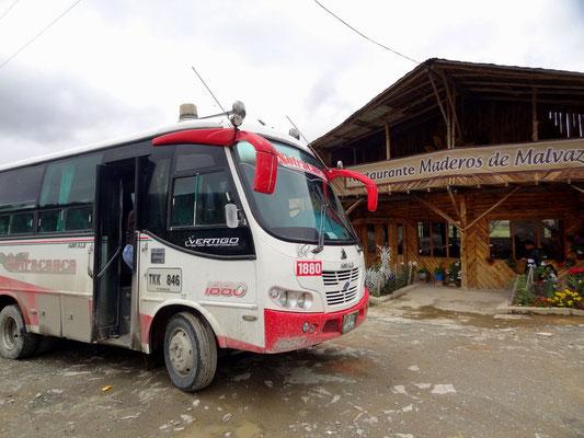 Typischer Bus auf der Strecke zwischen Inza und Popayan