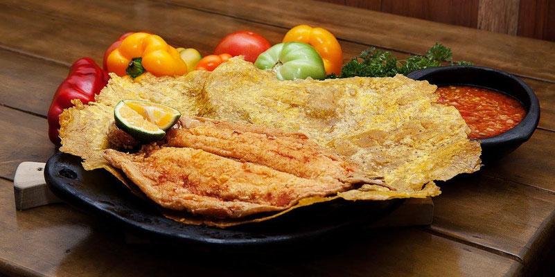 Forelle wie z.B. in Salento, hier serviert mit ausfrittierter Kochbanane