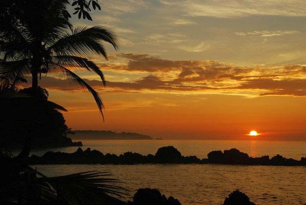 Sonnenuntergang Nuqui - Pazifikküste - Kolumbien