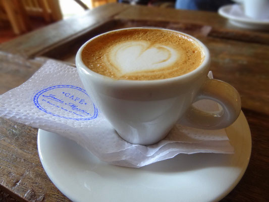 Im Cafe Jesus Martin - Salento - Kaffeezone