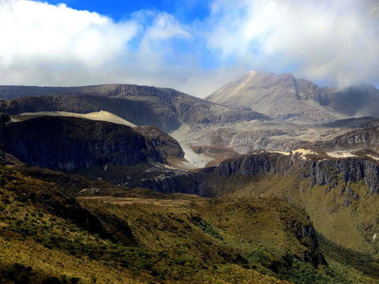 Paramo- Landschaft am Nevado del Ruiz - Kaffeezone - Kolumbien
