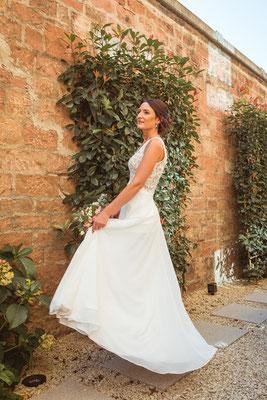 Hochzeitsbild von Jacqueline und Fabian Braut im Brautkleid fotografiert von Timo Erlenwein Fotografie