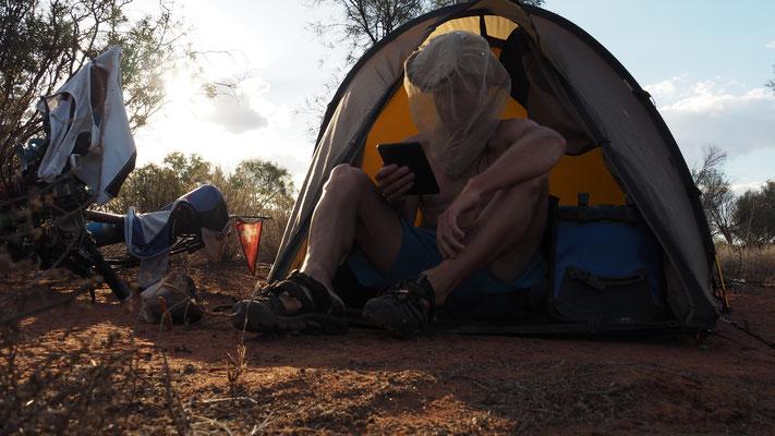Camping (mit Fliegennetz)