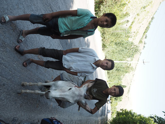 Esel - das Fahrrad der usbekischen Kids