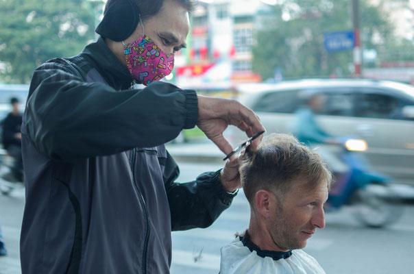 Beim Frisör in Hanoi