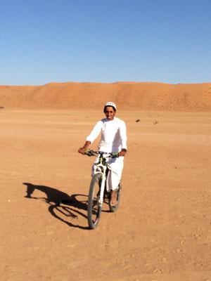 Der Omani hat sich gefreut auf meinem Bike