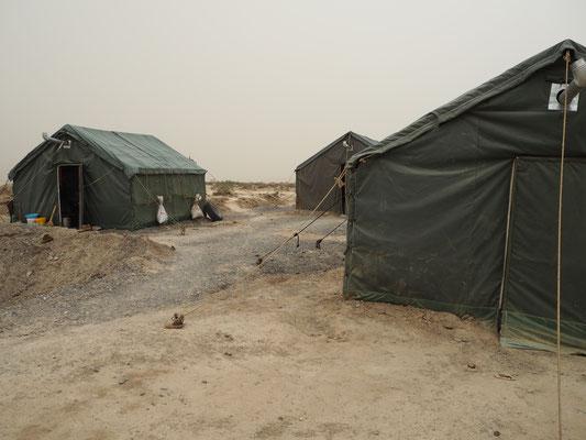 Zelte der Steinsucher