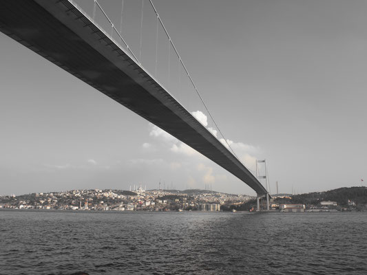 Bosporus Brücke nach Asien