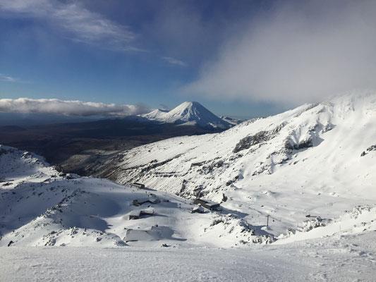 Skifahren auf einem aktiven Vulkan