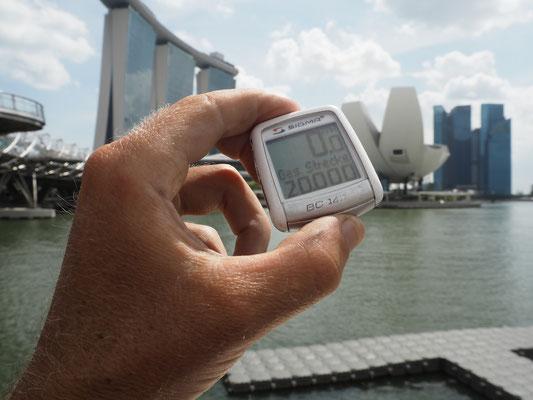 20`000km von Turtmann nach Singapur