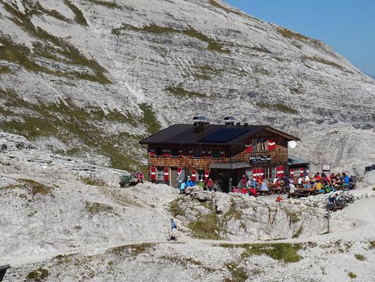 Bülelejochhütte