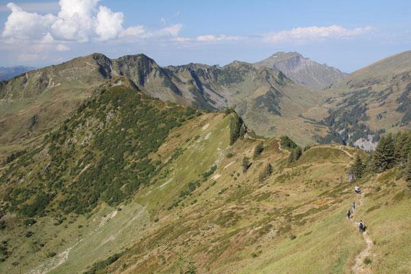 Wanderung über die Ochsenhofer Köpfe zum Grünhorn