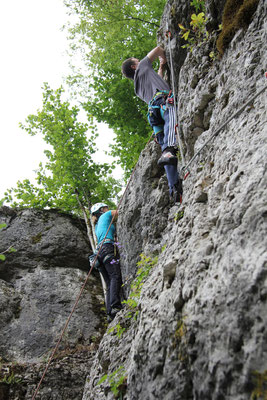 Klettern an den Felsen der Intensivstation