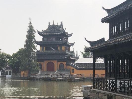 Qinghua Pavillion im Buddhistischen Tempel