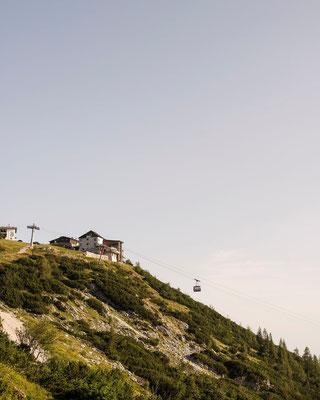 Aussicht auf die Feuerkogel Bergstation (c) Christof Wagner