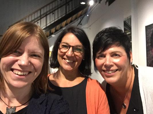 Beim Passagenfest 2019 in derMessehofpassage - mit meinen Unterstützerinnen Jana und Claudia