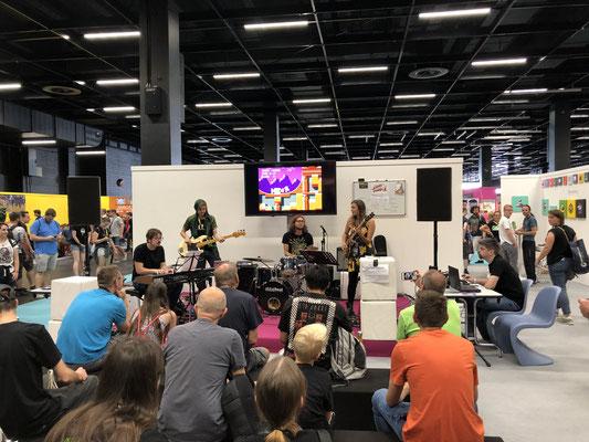 Endgegner - Videogame Jazz in Sonderfolge #13 des Männerquatsch Podcast mit Musik von der Retro Bühne der Gamescom 2019